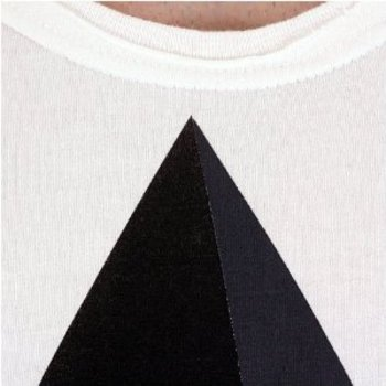 Tsubi short sleeve Pyramid t-shirt. TSBI4545