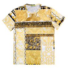 Versace Jeans Mens Cotton Short Sleeves Regular Fit Gold Pop Printed Crew Neck T-Shirt VJC6989