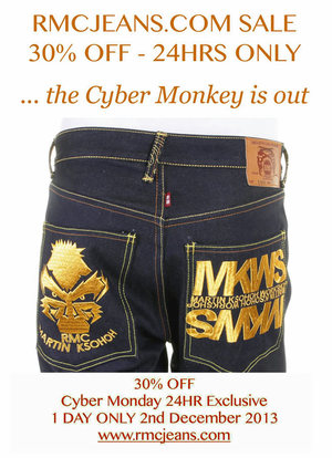 Cyber Monday 33% OFF